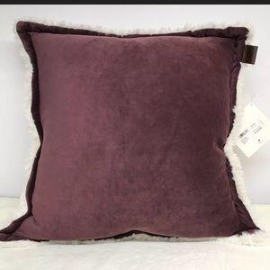 Ugg Australia Oversized Pillow Throw Sofa 20 x 20
